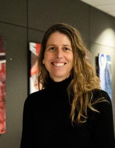 Édith de la Sablonnière, chercheuse principale et enseignante au CSTJ.